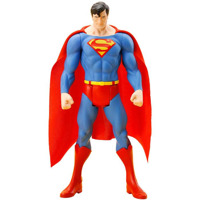 Figura Superman DC Comics ARTFX+ PVC Classic